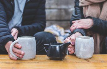 kubek i dobra herbata